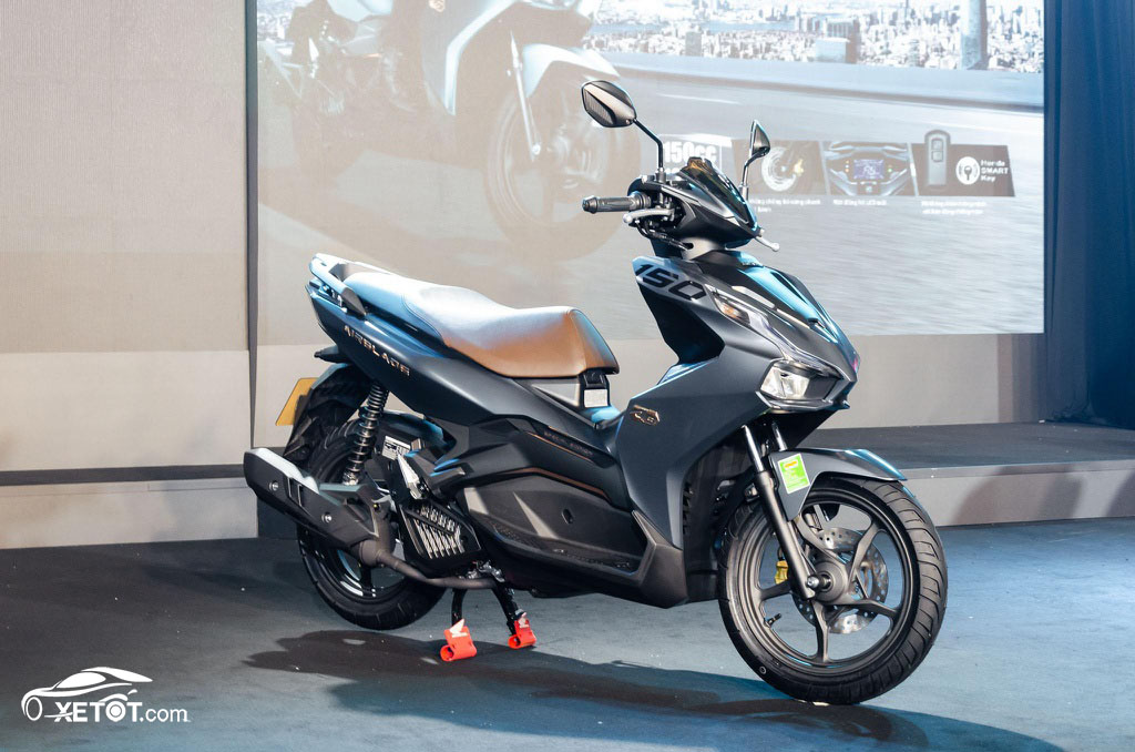 gia-xe-honda-air-blade-2020-xetot-com