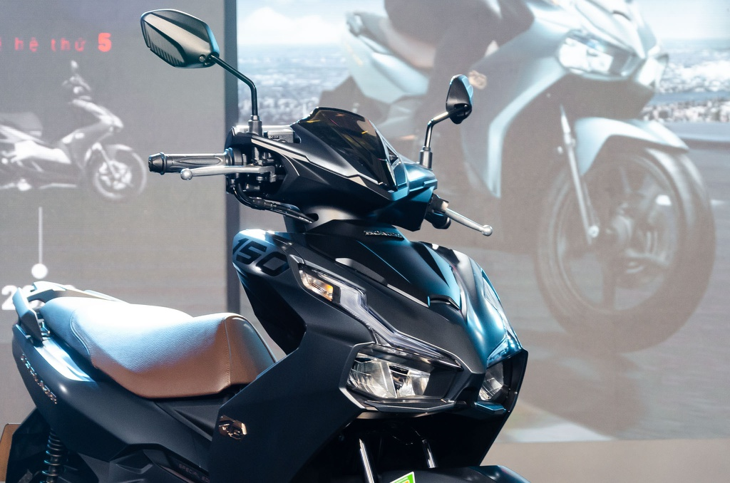 mat-truoc-honda-air-blade-2020-xetot-com