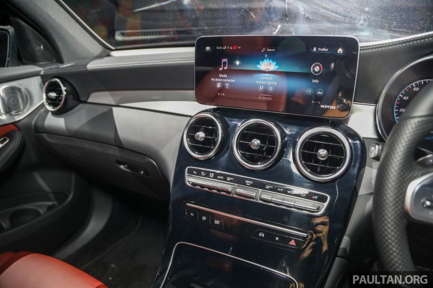 tien-nghi-mercedes-glc-300-coupe-2020-malaysia-xetot-com