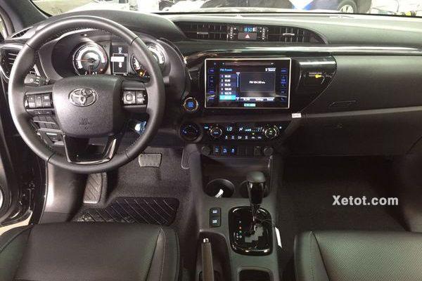 Toyota Hilux 2.8G 4X4 AT 2020 MLM (Khoang nội thất xe) copy