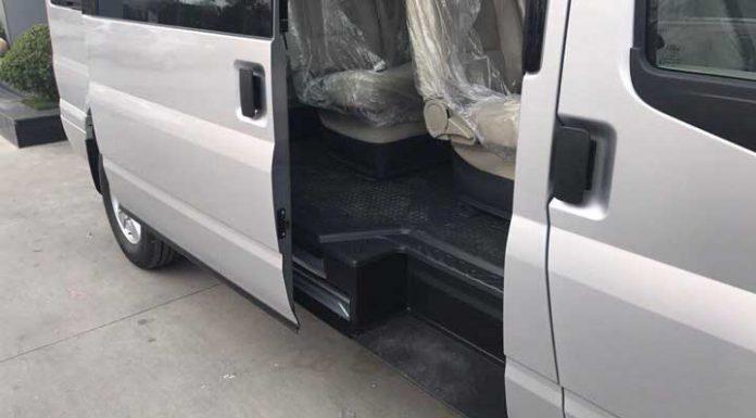 be-buoc-xe-ford-transit-svp-2020-xetot-com