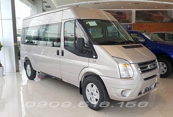ngoai-that-ford-transit-svp-xetot-com-1