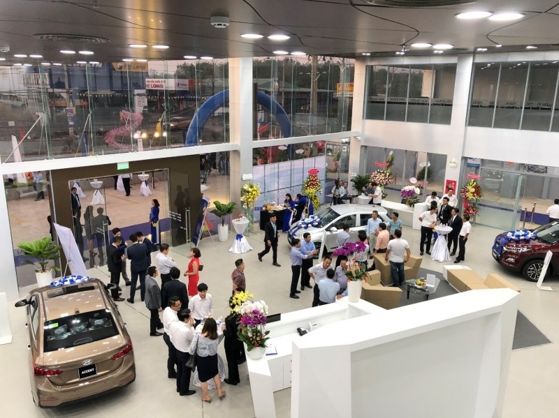 showroom-dai-ly-3s-hyundai-binh-phuoc-xetot-com