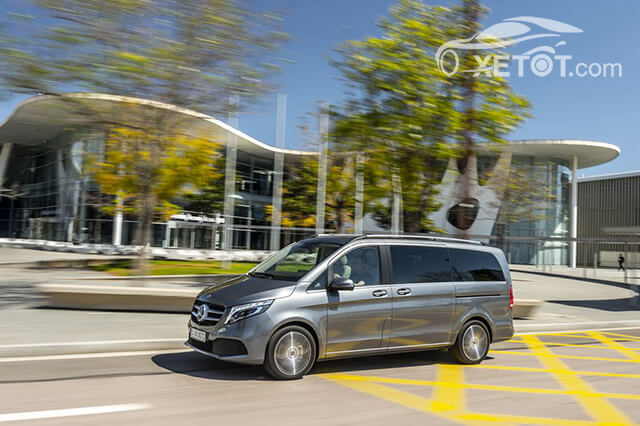 than-xe-mercedes-benz-v-class-2020-Xetot-com