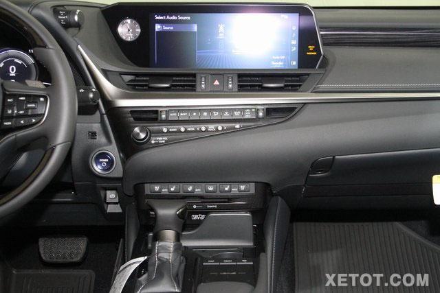 tien-nghi-tren-xe-xe-sedan-lexus-es300h-2020-muaxegiatot-vn