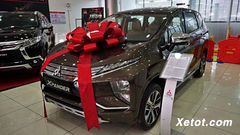 Đánh giá xe Mitsubishi Xpander AT 2020 hộp số tự động