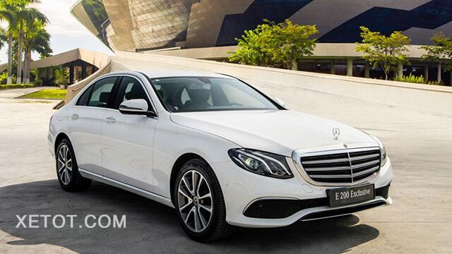 gia-xe-mercedes-e-200-exclusive-2020-viet-nam-xetot-com