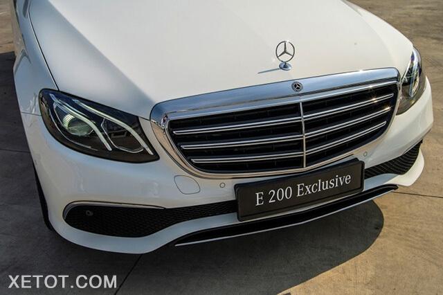 luoi-tan-nhiet-mercedes-e-200-exclusive-2020-viet-nam-xetot-com