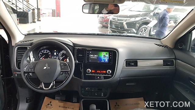 noi-that-outlander-20cvt-2020-xetot-com