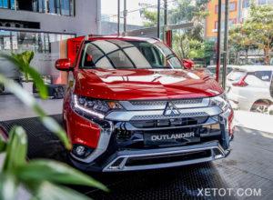 """3 1 300x220 - Mitsubishi Outlander và Toyota Innova - Khi Crossover """"giá tốt"""" đối đầu chiếc MPV siêu kinh điển"""