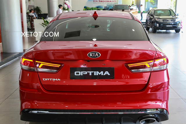 duoi-xe-kia-optima-luxury-2020-xetot-com