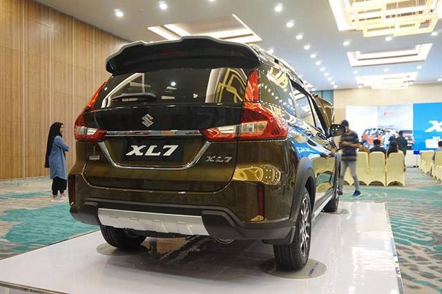 duoi-xe-suzuki-xl7-2020-xetot-com