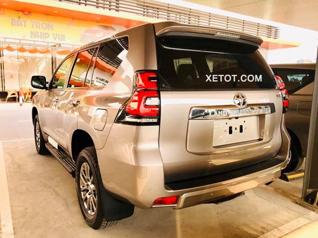 duoi-xe-toyota-land-prado-2020-vx-Xetot-com