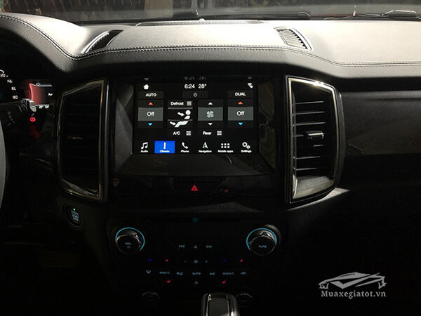 he-thong-giai-tri-tren-ford-everest-4wd-2020-xetot-com