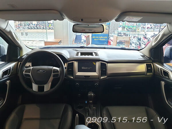 noi-that-xe-ford-everest-trend-20at-2020-xetot-com-9