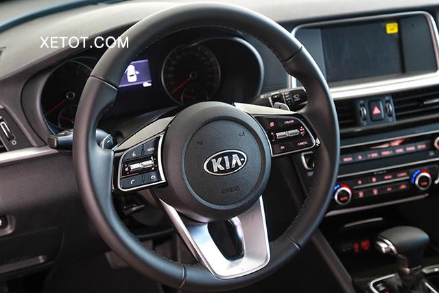 volang-xe-kia-optima-luxury-2020-xetot-com