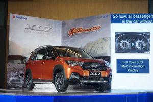 """1 300x200 - So sánh: Suzuki XL7 liệu có """"quật ngã"""" được Xpander Cross?"""