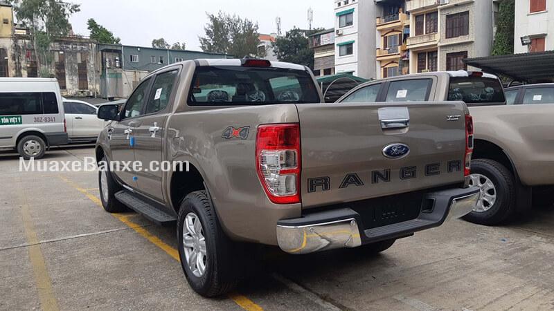 duoi-xe-ford-ranger-xlt-4-4-mt-2020-2021-so-san-2-cau-xetot-com-19