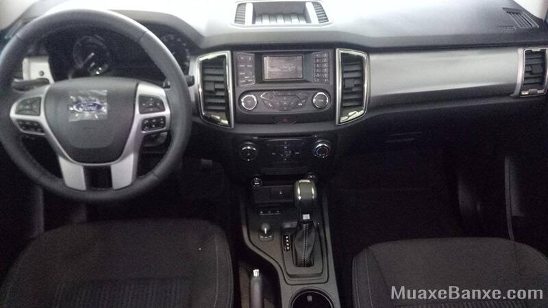 noi-that-ford-ranger-xlt-at-2020-2021-xetot-com-14