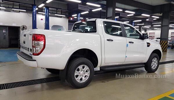 thung-xe-ban-tai-ford-ranger-xl-2-2l-4x2mt-2020-2021-xetot-com