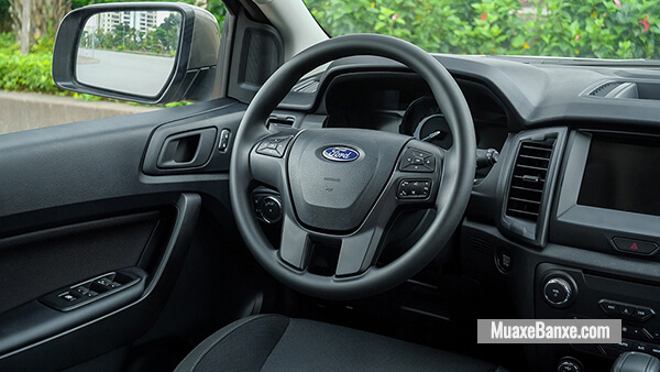 tien-nghi-ford-everest-ambiente-at-2020-2021-xetot-com-8
