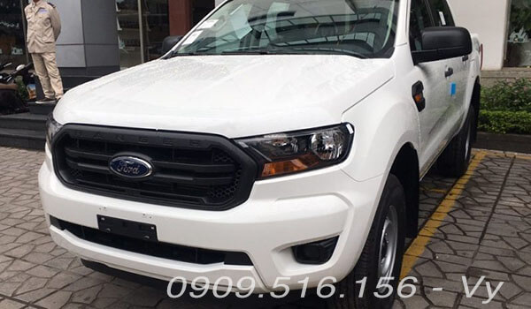 xe-mau-trang-ford-ranger-xl-4x4-mt-2020-2021-xetot-com-10