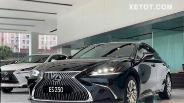giá xe Lexus ES 250