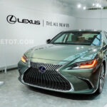 Giá xe Lexus ES 300h