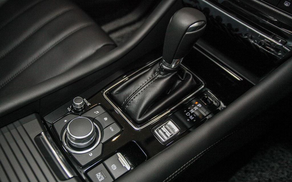 """mazda 6cafeautovn10 1534324880 - Đánh giá xe Mazda6 Premium - đối thủ xứng tầm của Camry """"thần thánh"""""""