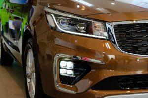 noi that kia sedona 04 42299j 300x200 - Đánh giá xe Kia Sedona Deluxe - Minivan Full-size của Kia giá 1,01 tỷ đồng liệu có xứng đáng để tậu?