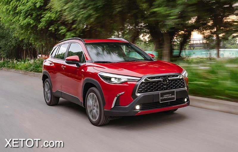 Gia-xe-Toyota-Corolla-Cross-2020-2021-1-8V-xetot-com