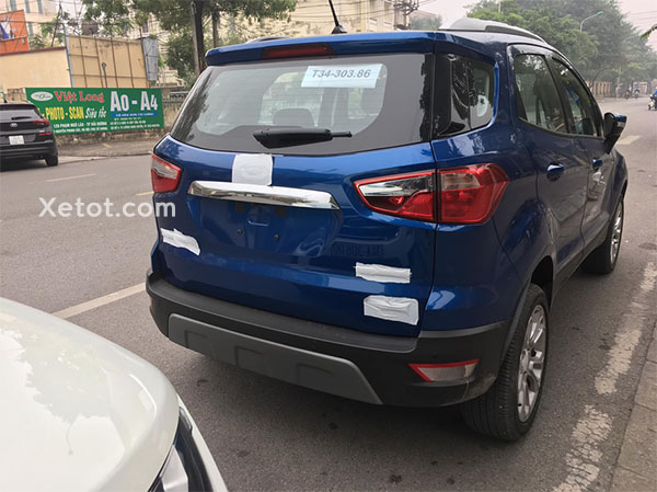 duoi-xe-ford-ecosport-2021-bo-lop-du-phong-muaxegiatot-vn