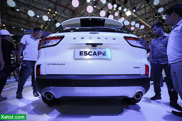 duoi-xe-ford-escape-2021-ra-mat-vms-2019-xetot-com