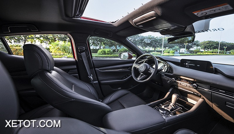 noi-that-boc-da-xe-mazda-3-2021-hatchback-xetot-com