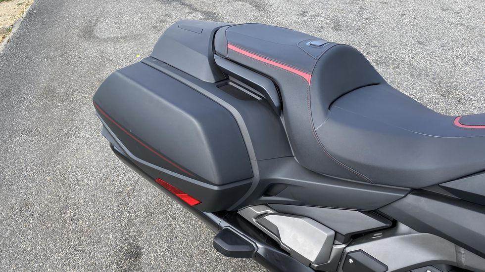 yen-xe-2020-honda-goldwing-moto-pkl-muaxegiatot-vn