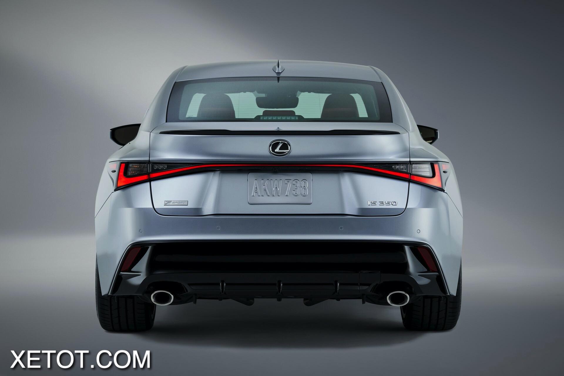 cum-den-hau-Lexus-IS-2021-xetot-com
