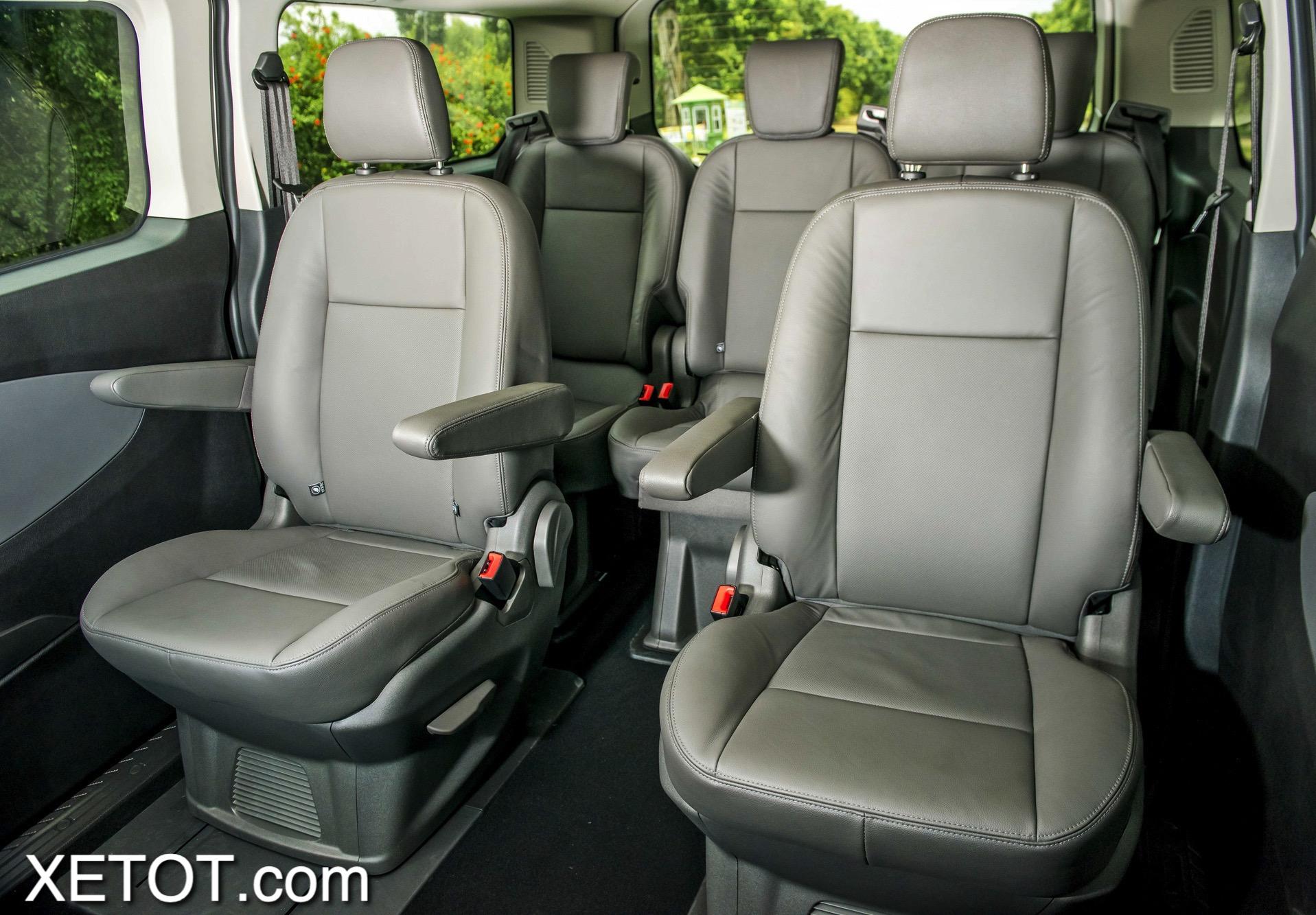 hang-ghe-xe-ford-tourneo-2021-xe-7-cho-xetot-com-1