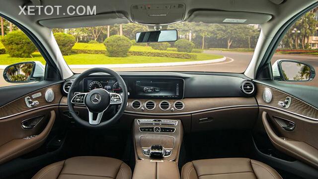 noi-that-xe-mercedes-e-200-exclusive-2021-viet-nam-xetot-com