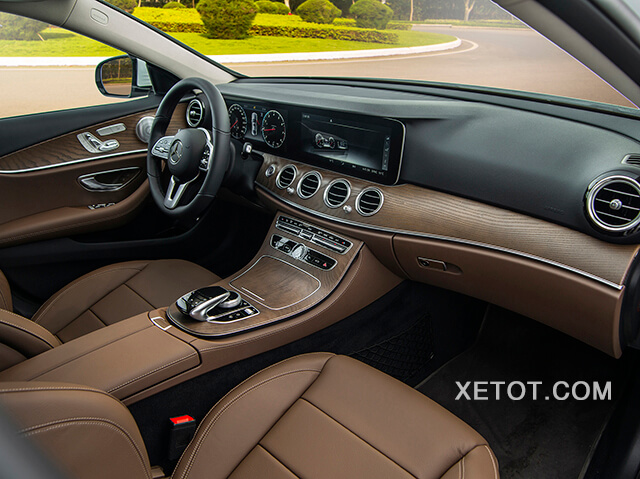 taplo-mercedes-e-200-exclusive-2021-viet-nam-xetot-com