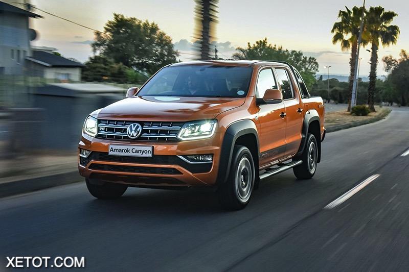 gia-xe-Volkswagen-Amarok-2020-2021-xetot-com.jpg