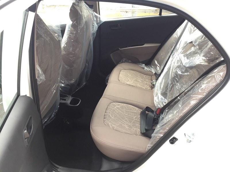 hang-ghe-sau-xe-hyundai-i10-hatchback-2021-xetot-com-6