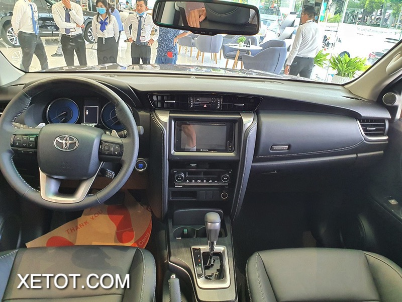 noi-that-xe-toyota-fortuner-2021-toyota-tan-cang-xetot-com-10-1