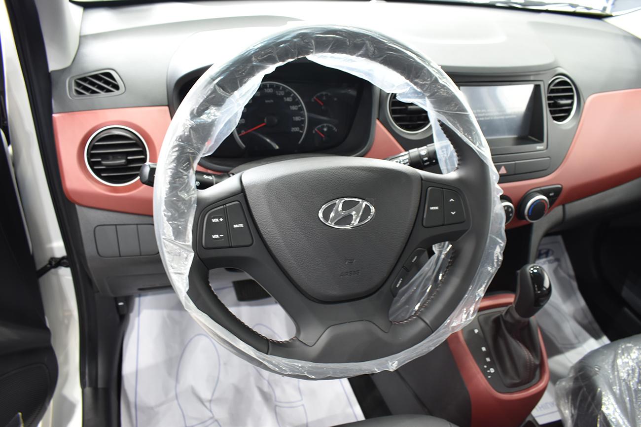 vo-lang-xe-hyundai-i10-hatchback-2021-xetot-com-2