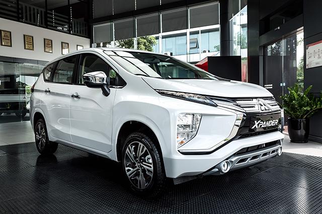 1 1 - Cùng tầm tiền chọn Mitsubishi Xpander hay Toyota Rush?