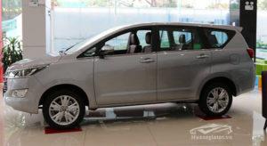 6 1 300x164 - So sánh Toyota Innova và Mitsubishi Outlander, mua xe nào chạy gia đình