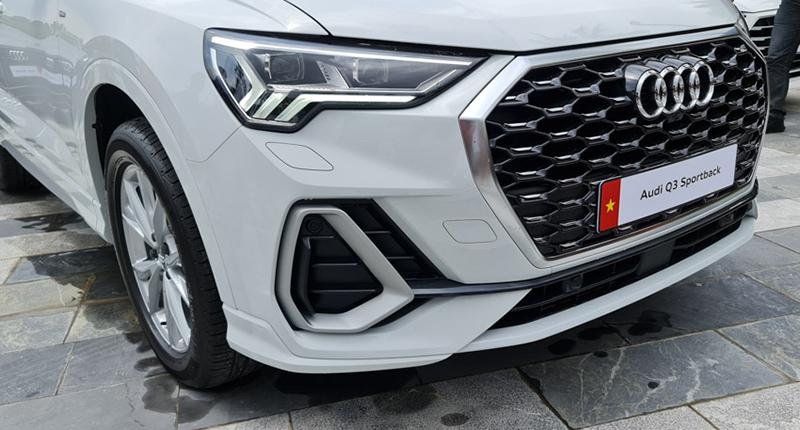 dau-Audi-Q3-Sportback-2020-2021-xetot-com-blog