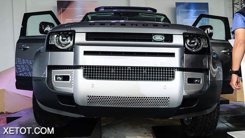 dau-Land-Rover-Defender-2020-2021-xetot-com