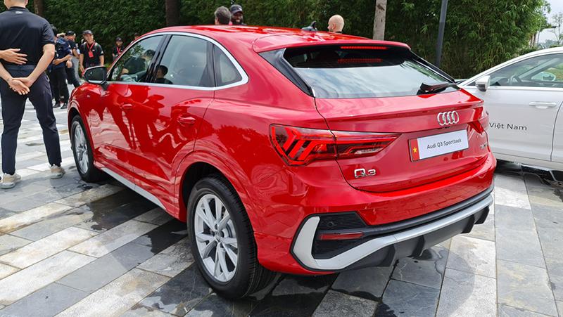 duoi-xe-Audi-Q3-Sportback-2020-2021-xetot-com-blog