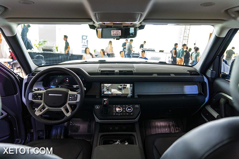 noi-that-xe-Land-Rover-Defender-2020-2021-xetot-com