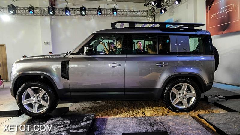 than-xe-Land-Rover-Defender-2020-2021-xetot-com